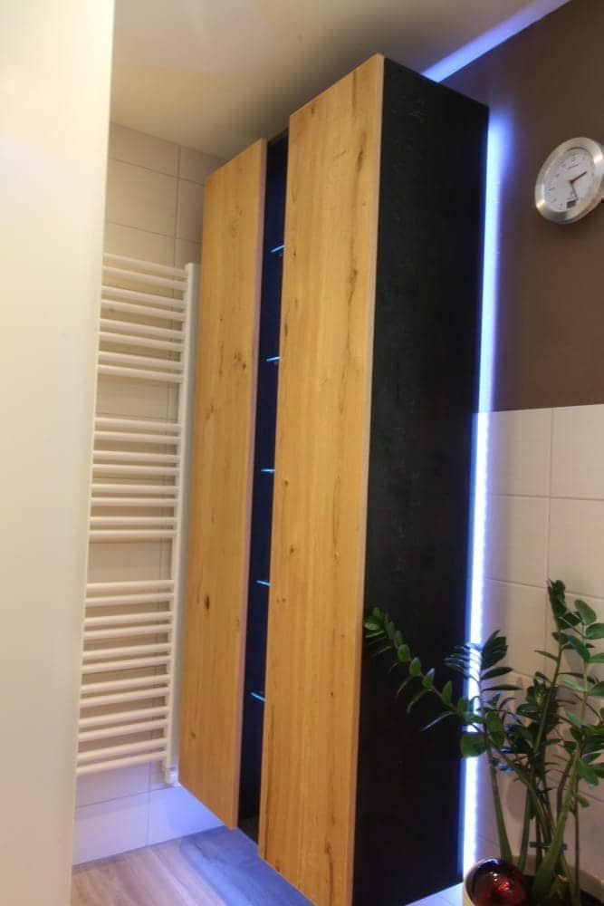 licht im bad konzepte f r die beleuchtung bad ofen heizung. Black Bedroom Furniture Sets. Home Design Ideas