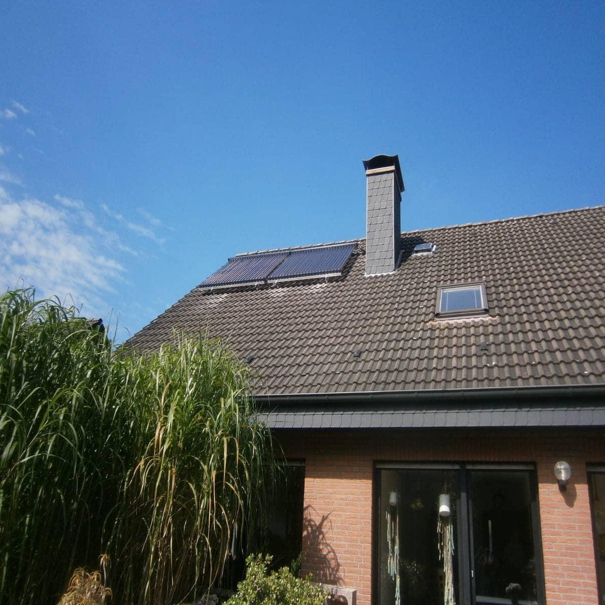 solaranlage im altbau mit euro gef rdert bad ofen heizung. Black Bedroom Furniture Sets. Home Design Ideas