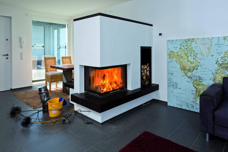 speicher fen w rme sp ren im huf haus bad ofen heizung. Black Bedroom Furniture Sets. Home Design Ideas